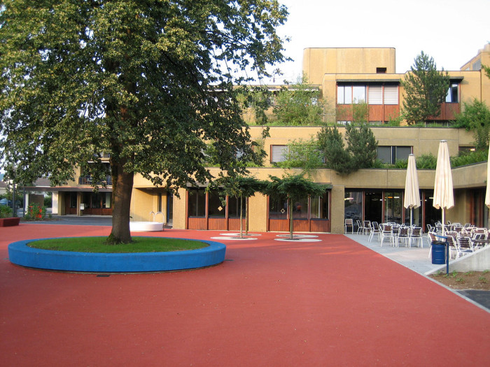 Wey_Projekte_Oeff_Rodtegg_Platz4