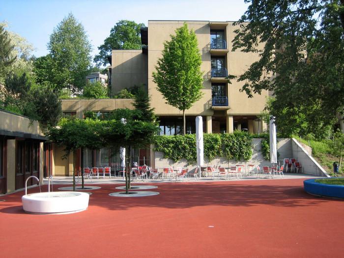 Wey_Projekte_Oeff_Rodtegg_Platz1